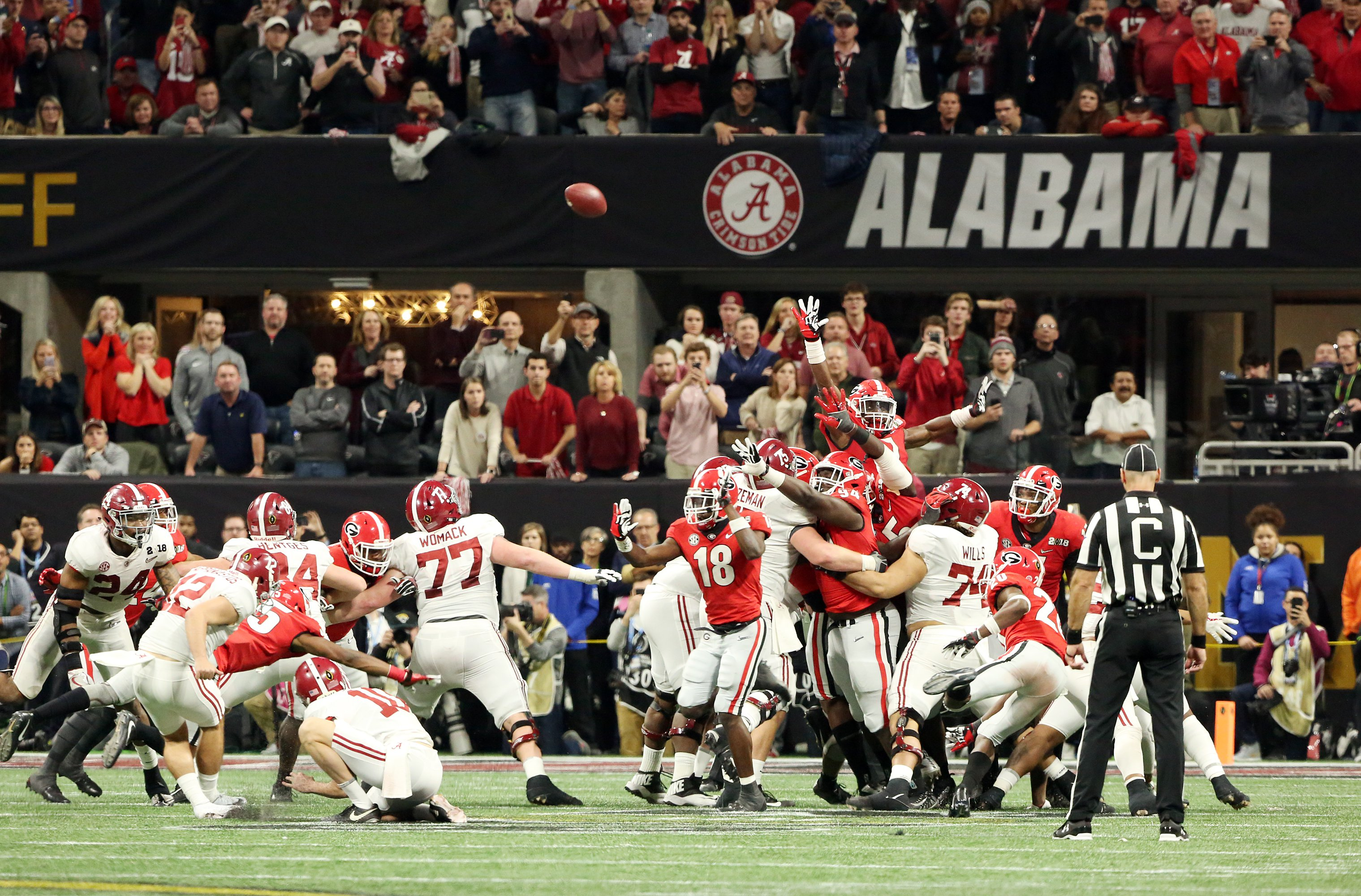 Alabama misses a potential game-winning field goal