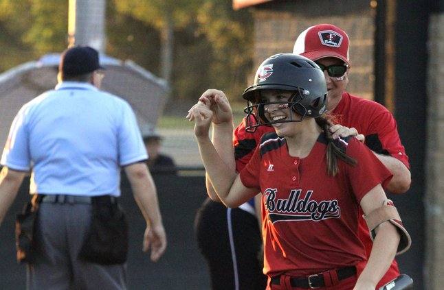 sadie waters central south softball 092018